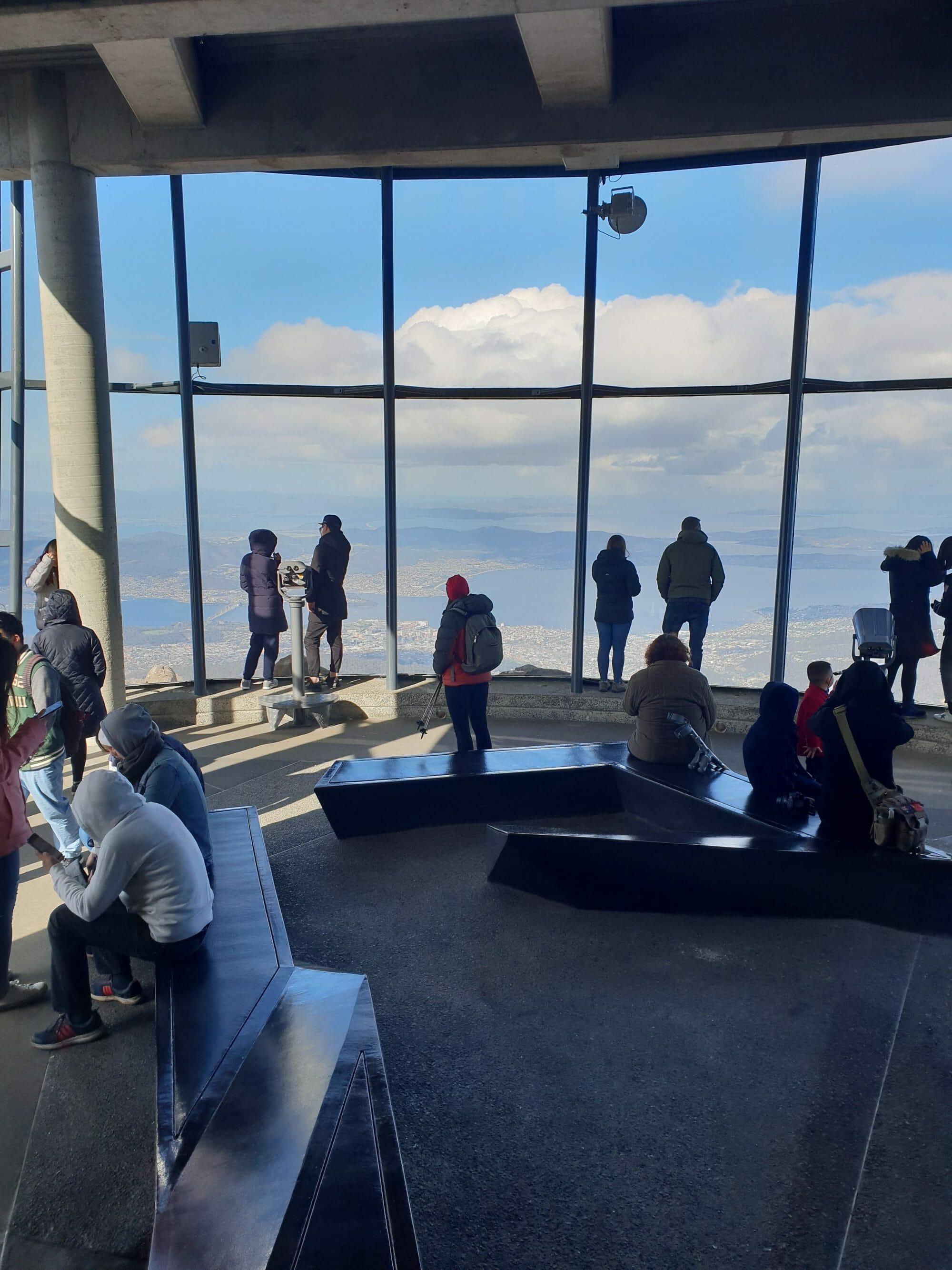 kunanyi / Mt Wellington, summit, hiking, walking, tour, guide.