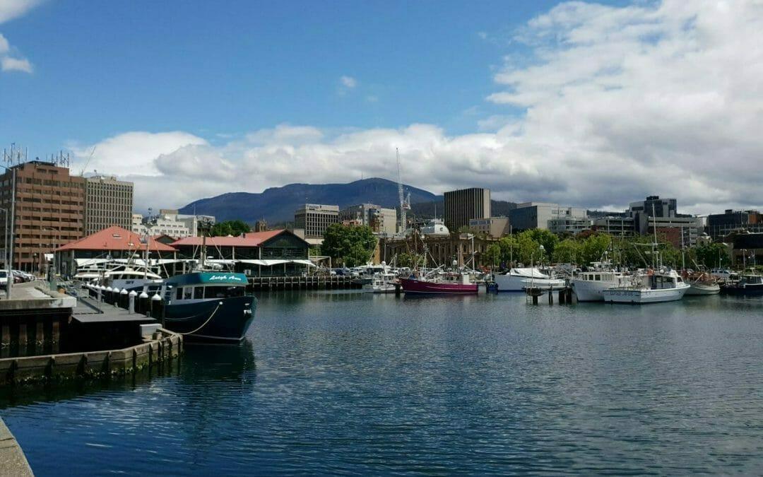 How long does it take to walk up kunanyi / Mt Wellington?